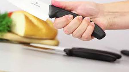 наточенный керамический нож