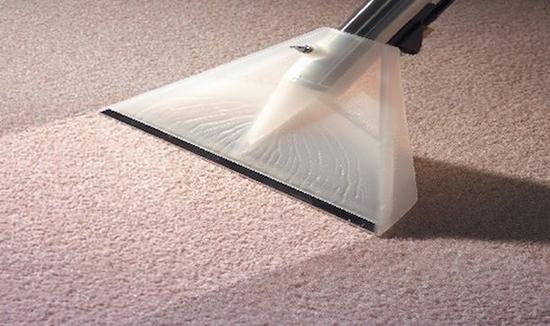 пенная чистка ковролина