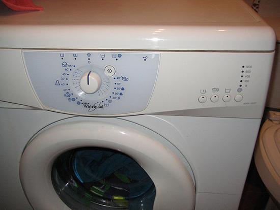 неисправная стиральная машина