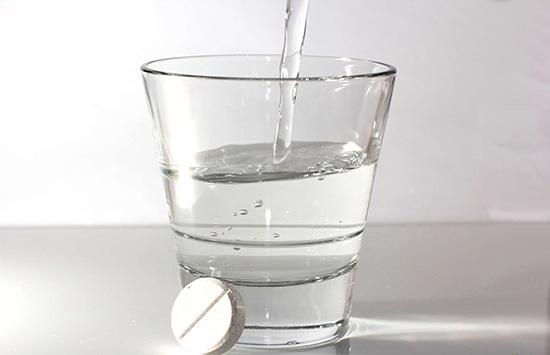 вода и аспирин
