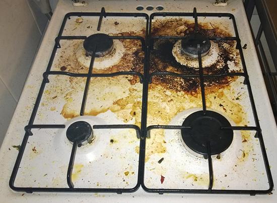 грязная плита