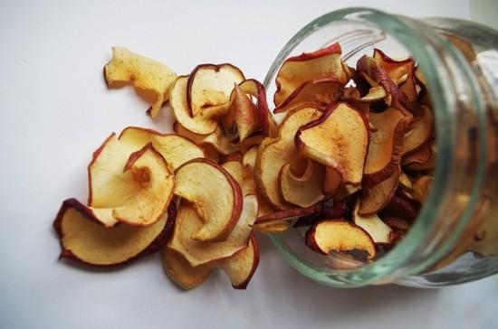 Как в домашних условиях высушить яблоки без сушилки 530