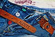 гладим джинсы