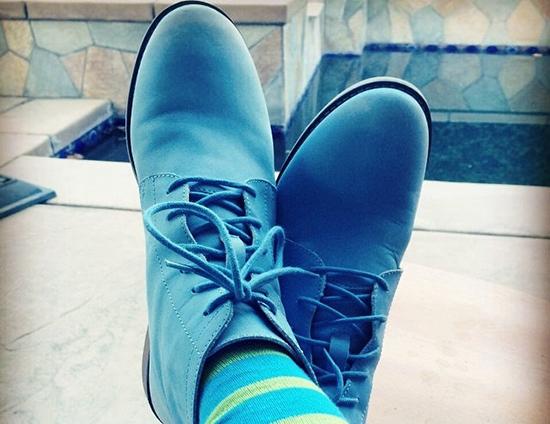 разнашевыем замшевые туфли