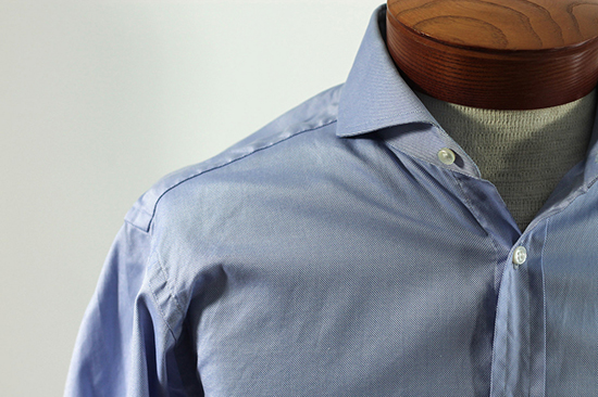 воротник рубашки