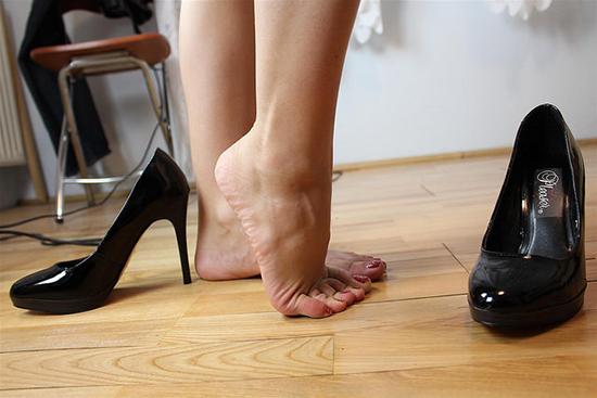 лакированая обувь