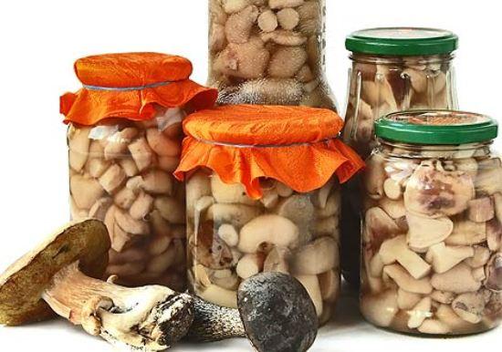 соленые грибы в банках